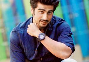 New Delhi: Actor Arjun Kapoor, son of producer Boney and late Mona Kapoor, has done a lot of hard work to reach to the current stardom that he has achieved. Since his acting debut with 'Ishaqzaade' he has grown as an actor. His work in movies like 'Gunday' and 2 States, earned him good reviews too. The actor whose one smile is enough to make women feel weak in their knees, is turning 31 on 26th June. For all his fans and admirers out there we bring to you seven unknown facts about Arjun Kapoor which you would not have guessed.- India Tv
