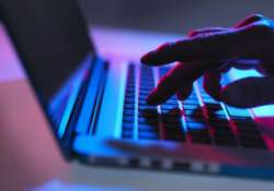 Cyber scammers threaten to post woman's pics on porn sites,