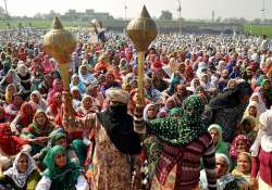 Women protesters at a Jat protest rally in Jasia village in- India Tv