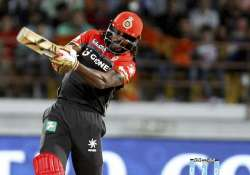 Chris Gayle signalled his return to form with a 38-ball 77