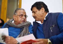 SP splits as Shivpal announces new party with Mulayam Singh