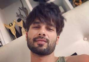 Shahid Kapoor's reason for not wanting to go to work is- India Tv