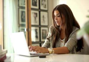 5 tips to dress appropriately for office - India Tv