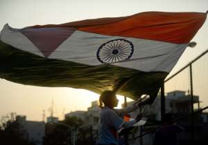 Over 3.5 lakh Indians sing national anthem to set new world- India Tv