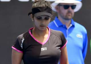 Service Tax dept summons issues notice to Sania...