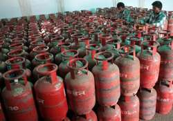 non subsidised lpg cylinders to be cheaper govt abolishes