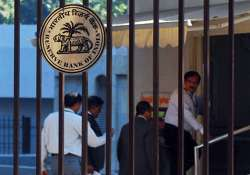 rbi asks exporters to repatriate half their foreign