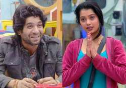 bigg boss 9 digangana s father scolds puneet vashista for