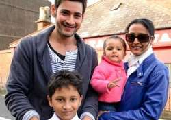 mahesh babu to holiday in paris with family