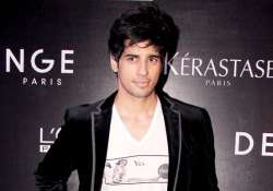 sidharth wraps up hasee toh... excited for the villain
