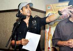 after salman khan sings hangover akshay kumar sings for