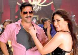 akshay kumar to romance kareena kapoor in singh is bling