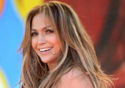 jlo thinks singers or dancers are best lovers