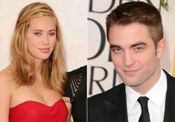 robert pattinson dating dylan penn
