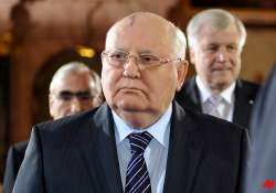 former president gorbachev urges putin to step down after