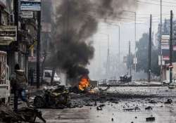 syrian troops battle rebels in damascus suburbs