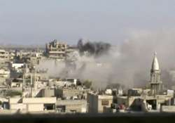 syrian troops renew shelling of homs 38 killed