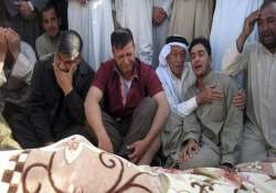 35 killed 75 injured in iraq suicide bombing