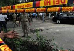 constable shot dead another injured in attack in outer delhi