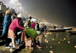 floating diyas adding to pollution in ganga river