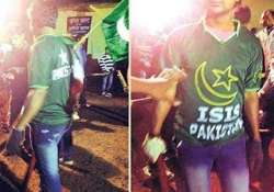 two persons detained for wearing isis t shirts in jharkhand