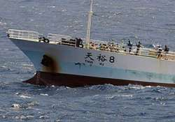 indian sailors rescued from somali pirates to return on