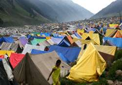 one electrocuted 2 injured in amarnath base camp