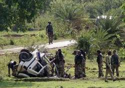 seven killed as maoists blow up a vehicle in bihar