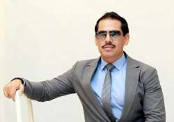 hooda government favoured vadra in land deals cag