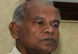 manjhi defends himself on controversy over age assets