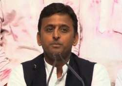 need for projects to clean river gomti says cm akhilesh