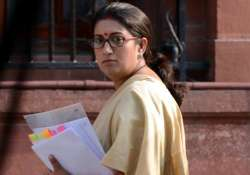 smriti irani s degree from yale gets her trending on twitter