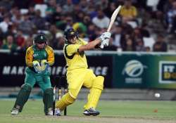 australia beats s africa by 5 wickets in first t20