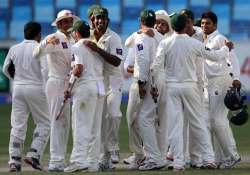 pakistan retains winning combination for 1st test