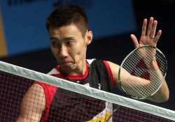 lee chong wei secures semis spot in superseries finals