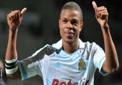 remy earns newcastle 1 0 win at spurs