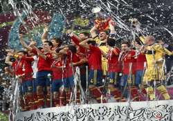 spain crushes italy 4 0 in euro 2012 final