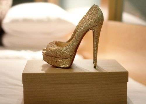 Heels: Shimmery pumps add substance and elegance to any outfit. Shoes play a huge role in completing your outfit, so don't think twice before getting your hands on this pair.