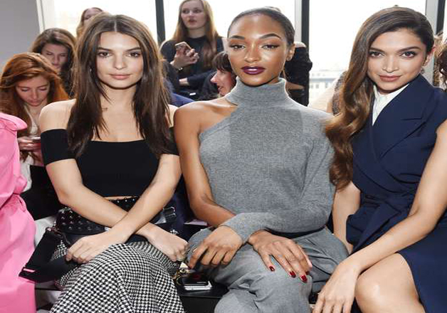 The dimpled beauty posed with Emily Ratajkowski and Jourdan Dunn at the event.