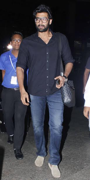 Rana Daggubati, who is gearing up for the release of his upcoming film Baahubali: The Conclusion, was looking dashing in Black. No doubt, the actor has got a killer looks that can make girls go weak in knees.