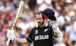 New Zealand held off a late batting onslaught from Carlos
