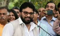 Union Minister Babul Supriyogreeted with 'Jai Shri Ram'