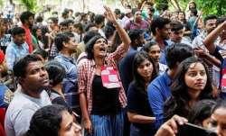 ABVP protests against Delhi University Vice-Chancellor over