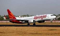 Spicejet crew falls down during push-back in Mangaluru