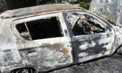 Militants burnt a car in Baramulla