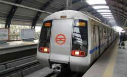 Chinese Manja disrupts Delhi Metro train service