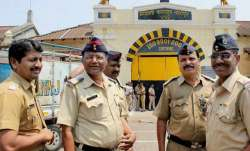 Nagpur police takes lead in girl safety, announces drop facility for stranded women at night