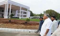 BJP MLAs queue up before Yediyurappa's residence