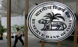 RBI asks banks to inform about re-appointment cases of MD, CEOs six months in advance