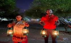 Tej Pratap Yadav, Rabri Devi light lanterns on PM's call